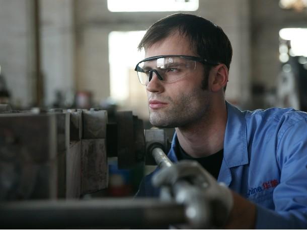 塑料和橡胶制成的防护眼镜有哪些