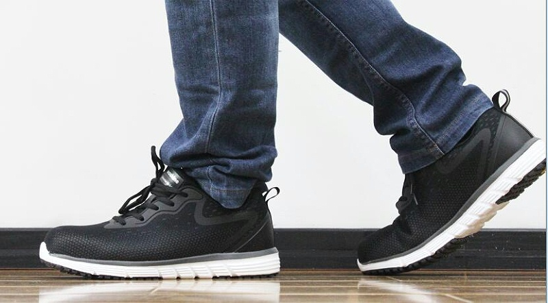 华信吉豹夏季安全鞋