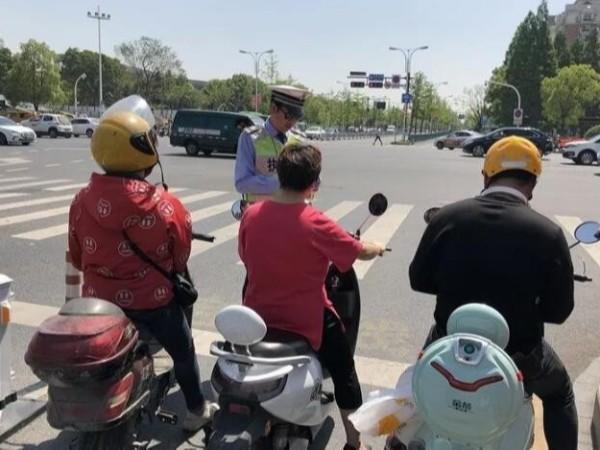 问题聚焦:安全帽能否替代头盔(三)