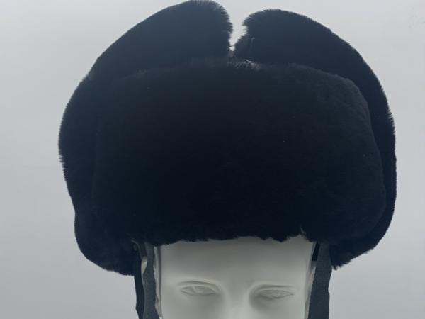 冬季安全帽强强联合锁住温暖