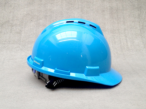 华信安全为您解答建筑安全帽有多少类?