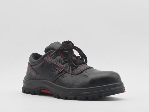 防砸劳保鞋性能怎么样?
