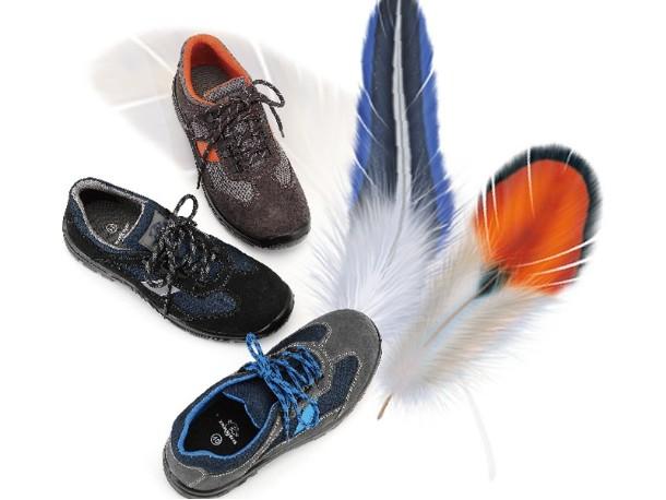 飞织网布安全鞋能不能防水