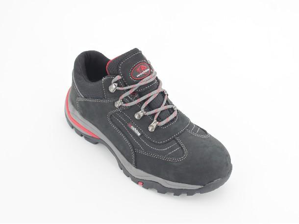 及建筑工地穿什么样的工地安全鞋