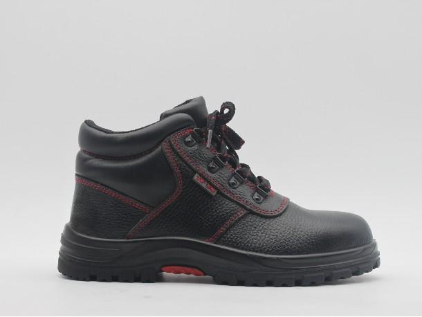 铁路工人需要穿着什么功能安全鞋
