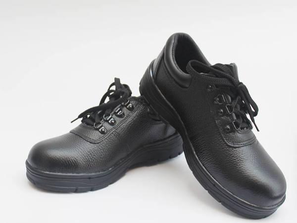 吉豹WB719低帮防高温安全鞋