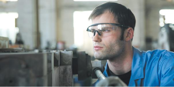 防护眼镜佩戴效果